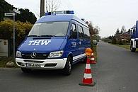 Der MTW als Vorrausfahrzeug (Weihnachtsbaum-Transport 2011)